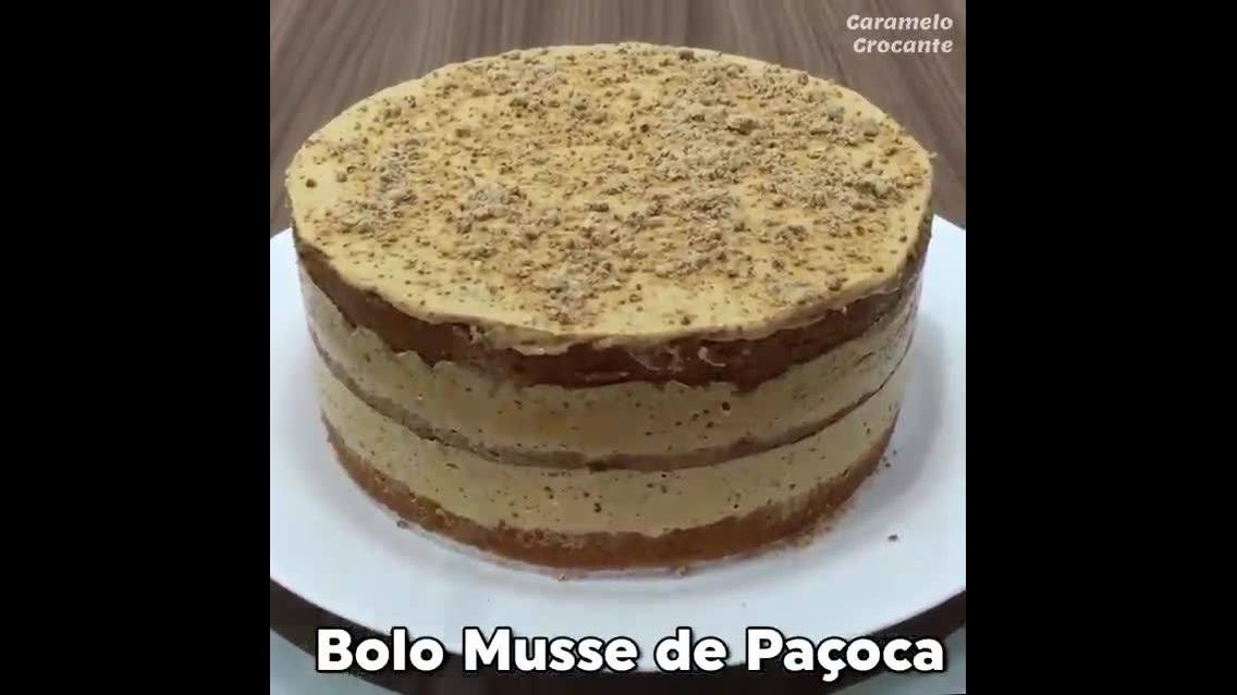 Receita de Bolo Mousse de Paçoca, super gostoso e fácil de fazer!