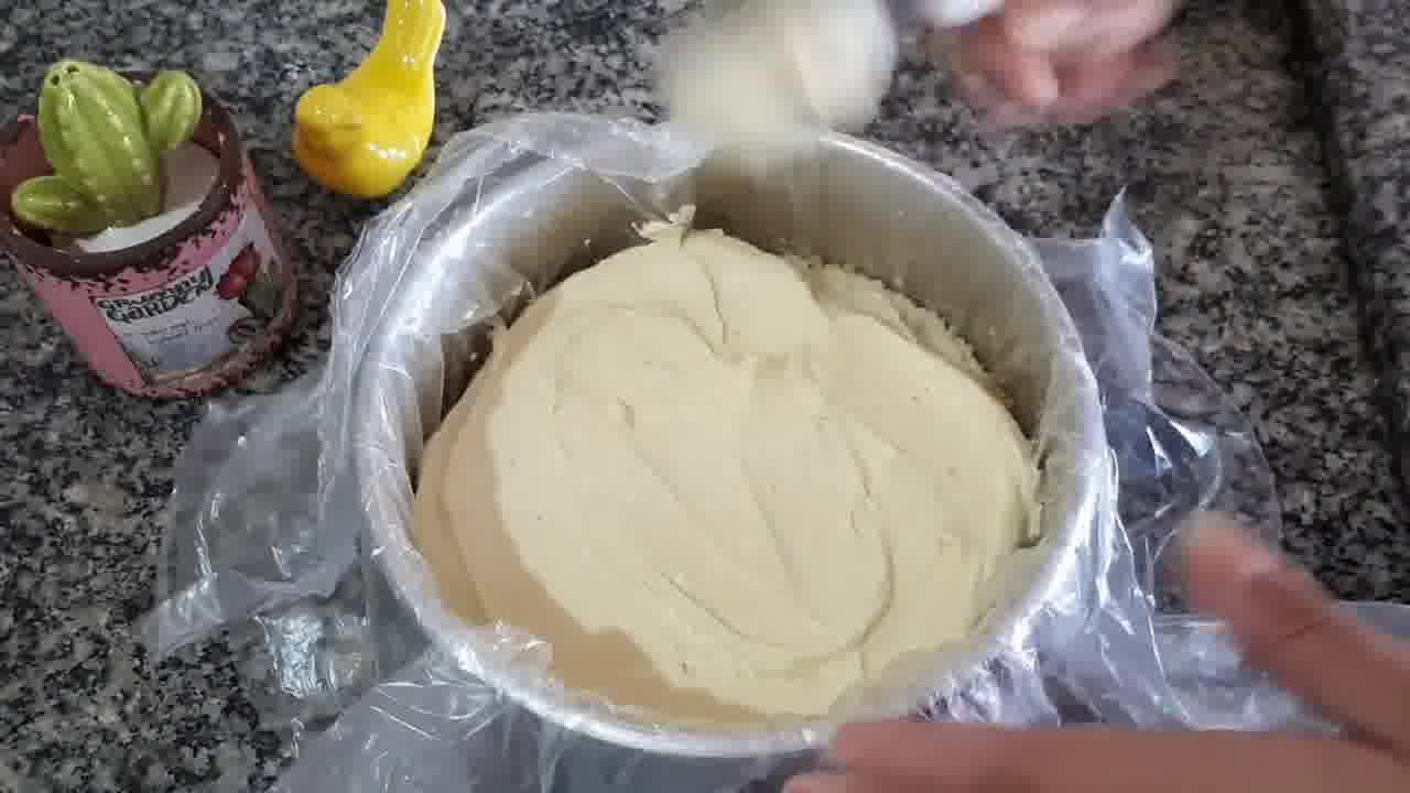 Receita de bolo trufado de maracujá