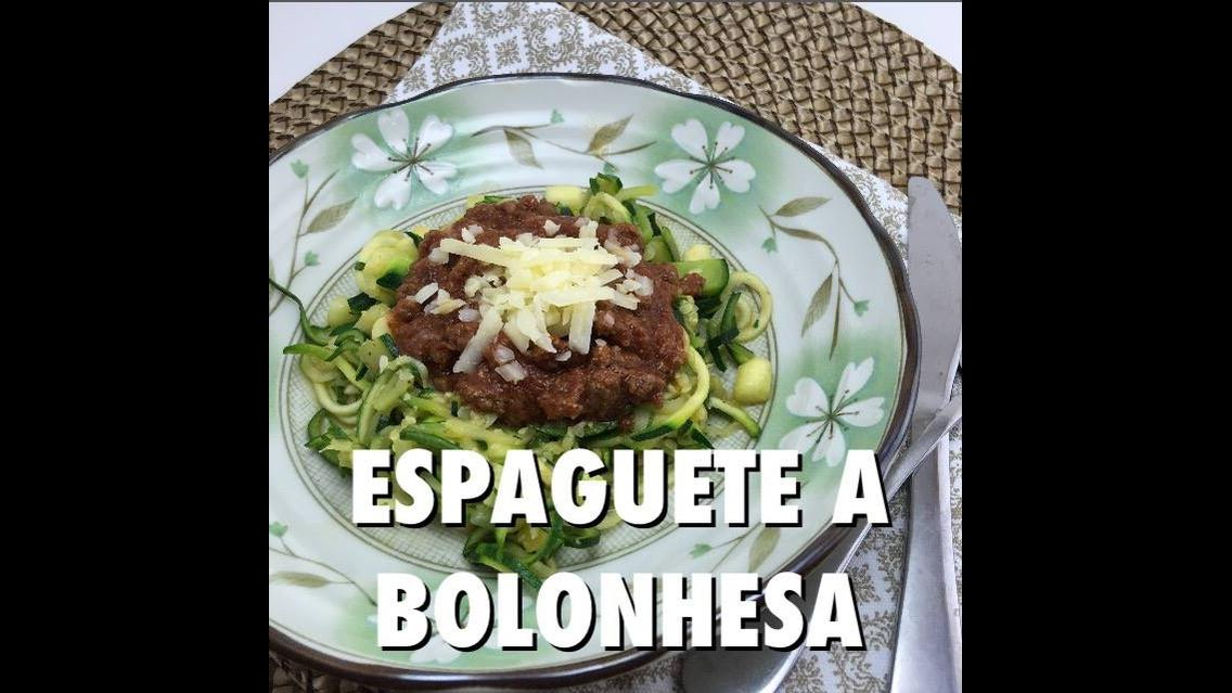 Receita de Espaguete de Abobrinha a Bolonhesa