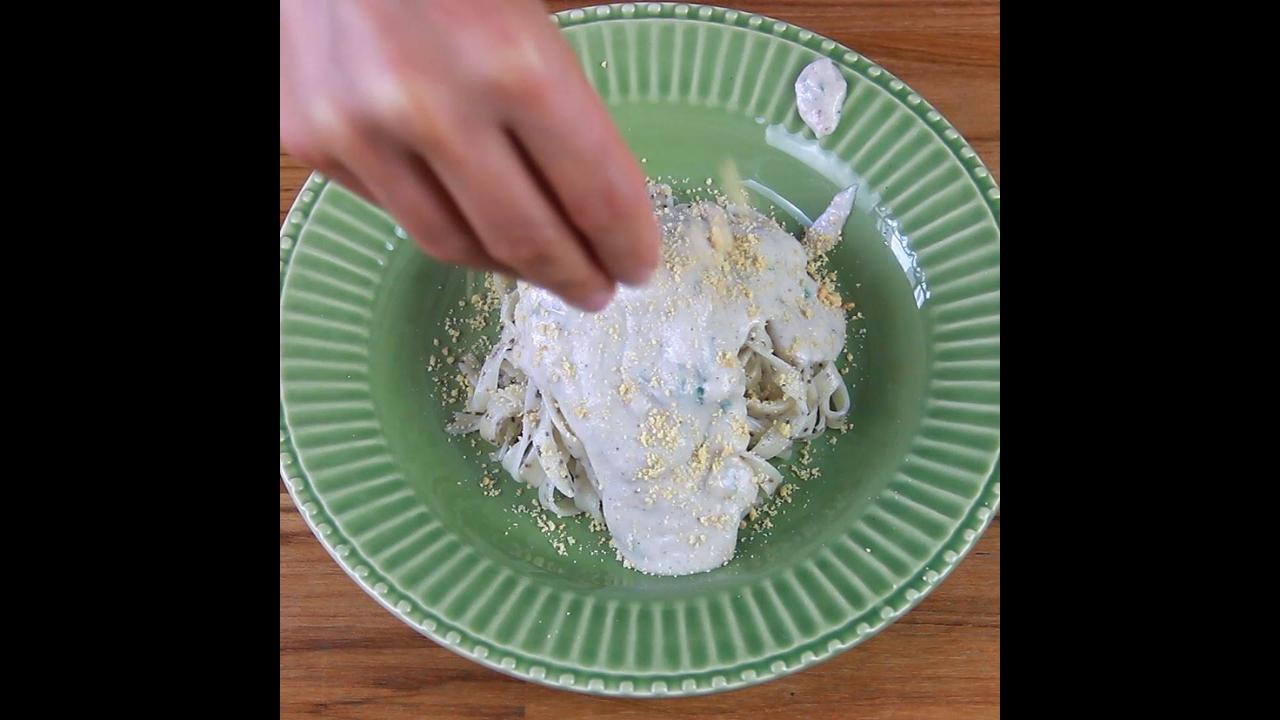 Receita de Molho de Inhame com amendoim