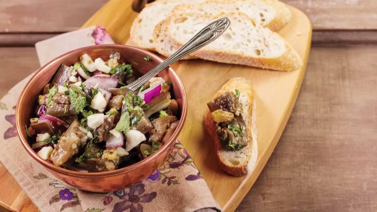 Receita de salada de berinjela com castanha-do-pará