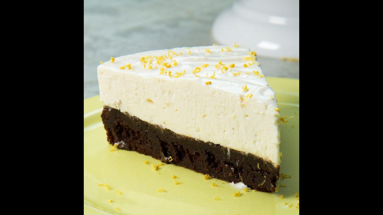 Receita de torta gelada de brownie de limão