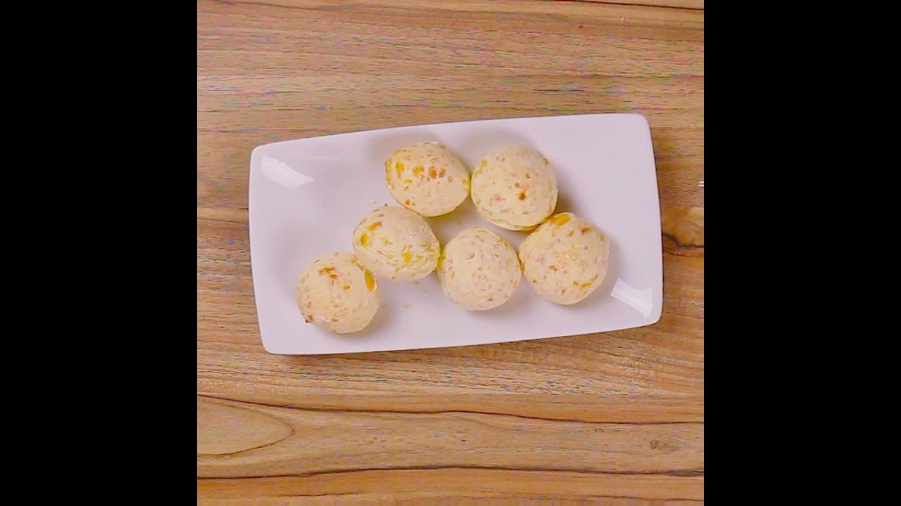 Receitinha de pão de queijo com 3 ingredientes, fácil e rápido de fazer!!!