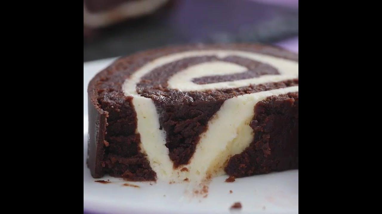 Rocambole de bolo de chocolate