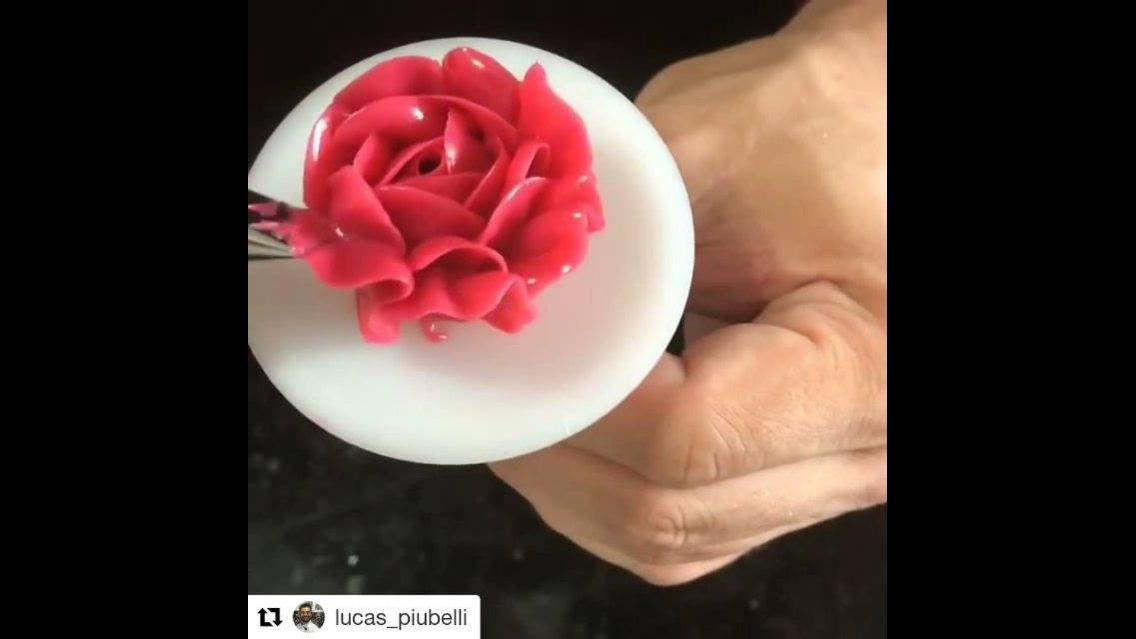 Rosa em Buttercream, fica muito linda