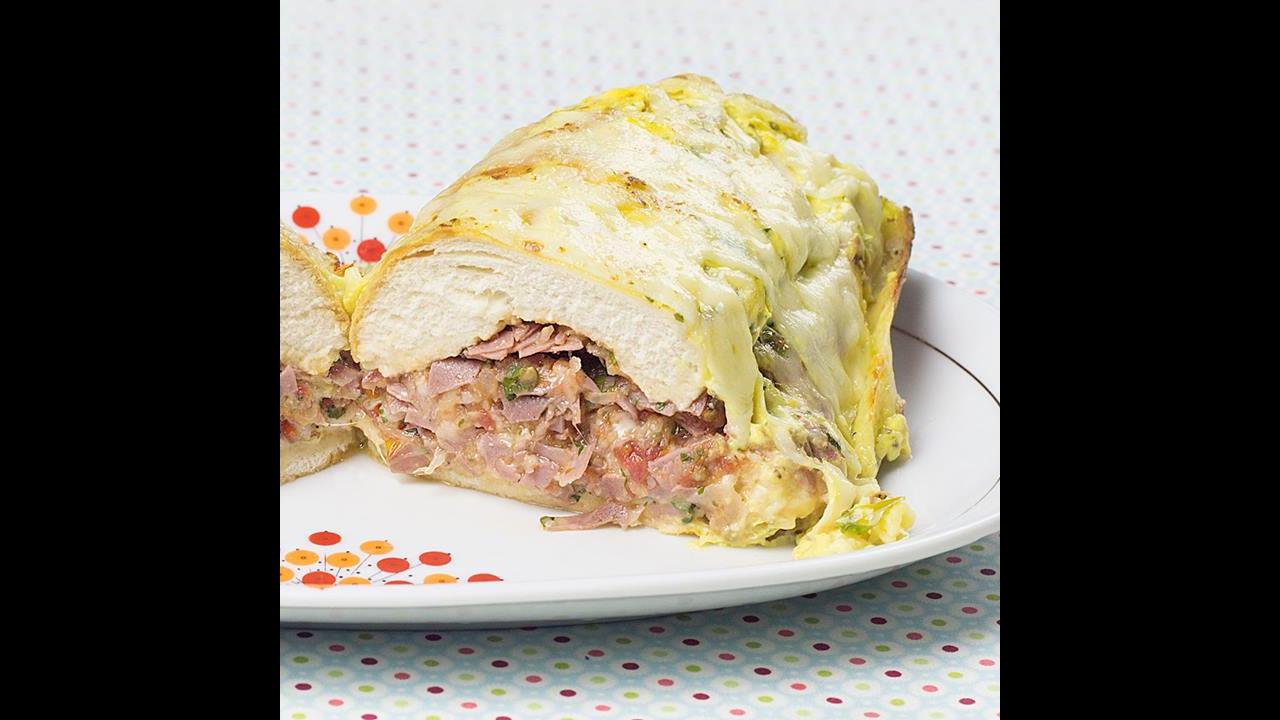 Sanduíche de Forno Caseiro, é simplesmente maravilhoso