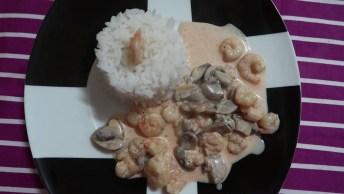 Strogonoff De Camarão Com Cogumelos, Um Prato Sofisticado!
