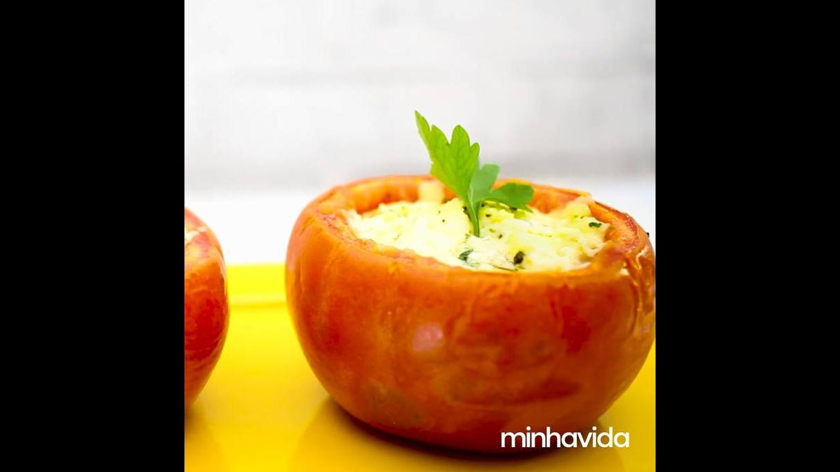 Tomate Recheado Light com queijo branco