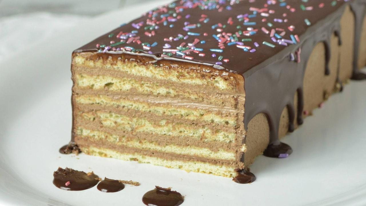 Torta de bolo com chocolate