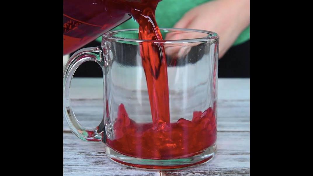Veja que delicia deve ficar essa gelatina feita de uma forma diferente