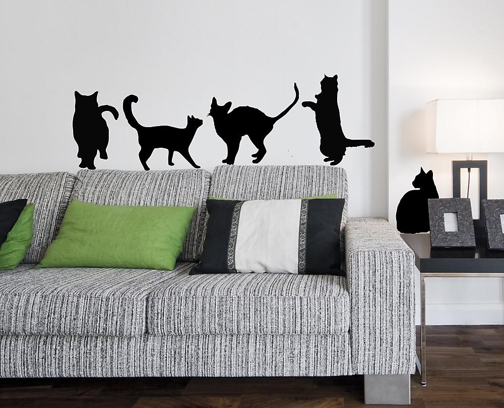 Lo sticker applicato sul muro, sembra che il gatto guardandoti con. Sticker Sagome Gatti Vari Decorazione Adesiva Murale