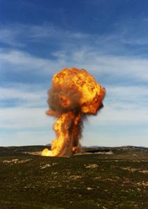 Un esplosione nel poligono di Salto di Quirra