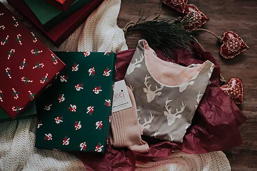 Pyžamy a župany - Darčekový set košieľka Forest + podkolienky podľa vlastného výberu - 11389094_
