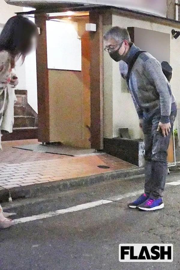 """【芸能】松尾貴史、政府批判の論客が深夜まで「3軒はしご酒」…飲み始めは """"Facebookで知り合った女性"""" と"""