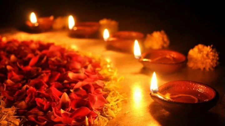Tihar Diyo Lights