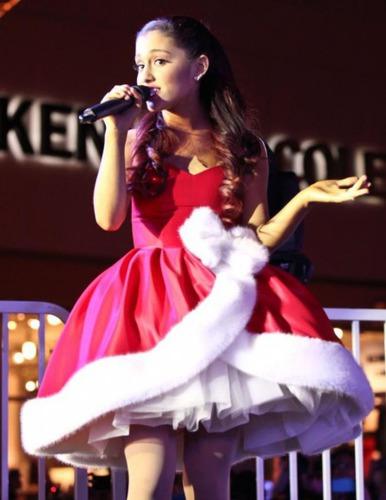 Quiz Ariana Grande   Célébrités, People