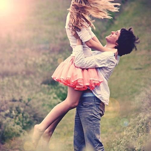 https://i1.wp.com/data.whicdn.com/images/10262291/couple_happy_love_emotive_nature_photography-ce8d0b3ce79744594e1034066ef4ca8b_h_large.jpg