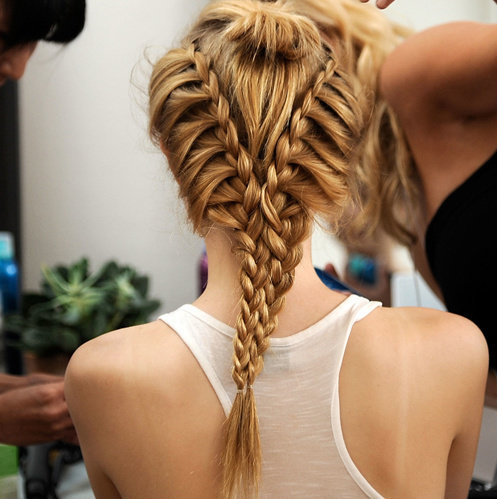 Beautiful-blonde-braid-fashion-girl-favim.com-436060_large