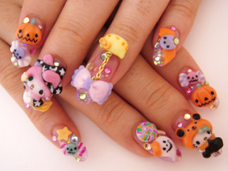 Cute-halloween-halloween-nails-hello-kitty-japanse-nails-favim.com-262159_large