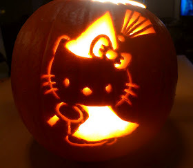 Hello-kitty-pumpkin-2_large