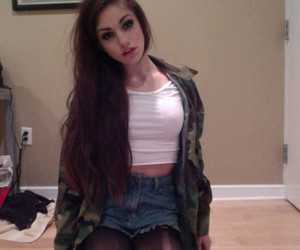 Girl Pale And Tumblr Image