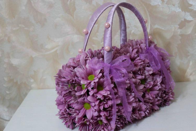 Чанта от цветя