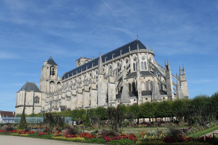 Бурж. собор Сент-Этьен