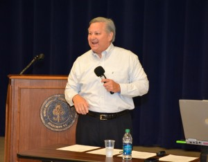 Mike Collins presents a workshop at VGCC. (VGCC photo)