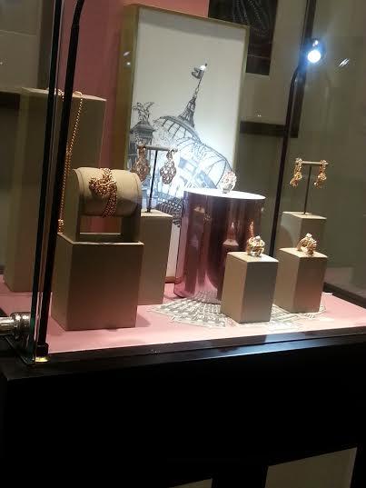 Cartier_8_display