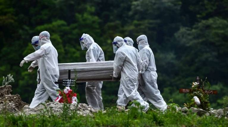 If The United States Does Not Change Its Ways, There Will Be Another 100,000 Covid Deaths