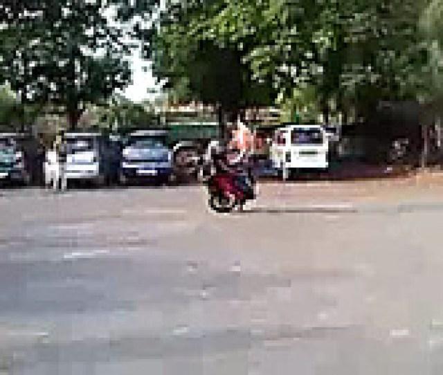 Amazing_stunts_on_passion_bike_ _interestingvideomasti Com Video Rediff Videos