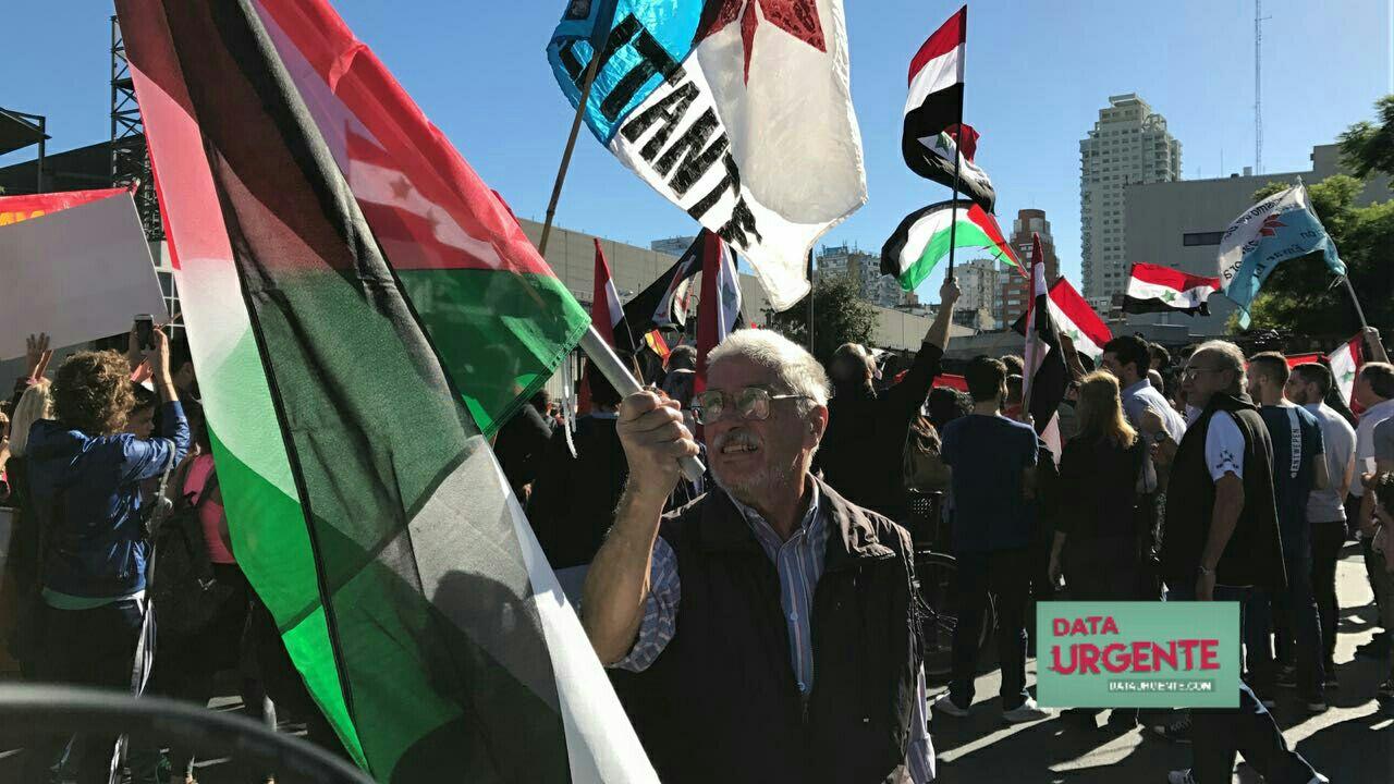 Protesta por los bombardeos contra Siria - Buenos Aires