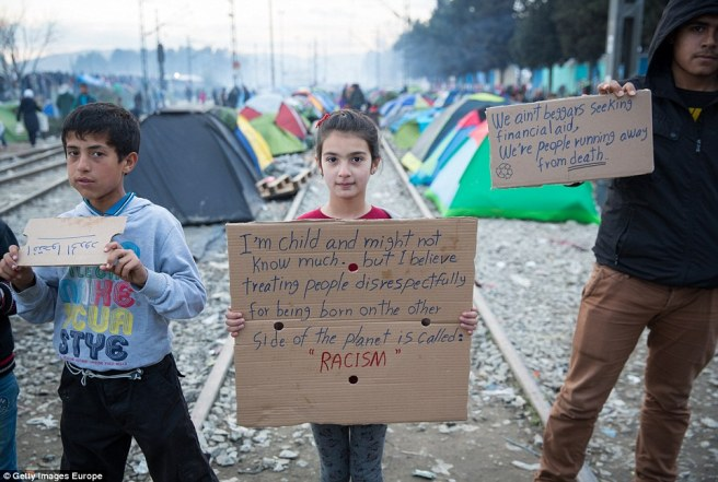 The_migrants_in_Idomeni_face_an_uncertain_future_as_the_so_calle-a-16_1457792378850