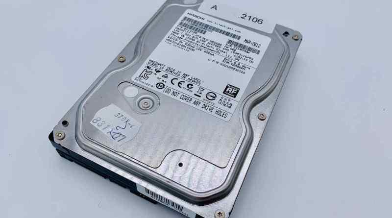 Defekte Hitachi HDS721010DLE630 - der PC friert ein!
