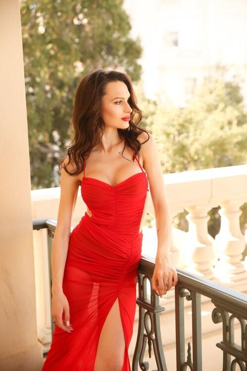 Valeriya dating for larger ladies