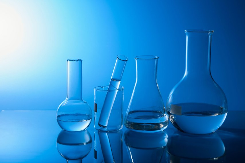 life_science_laboratory_glassware