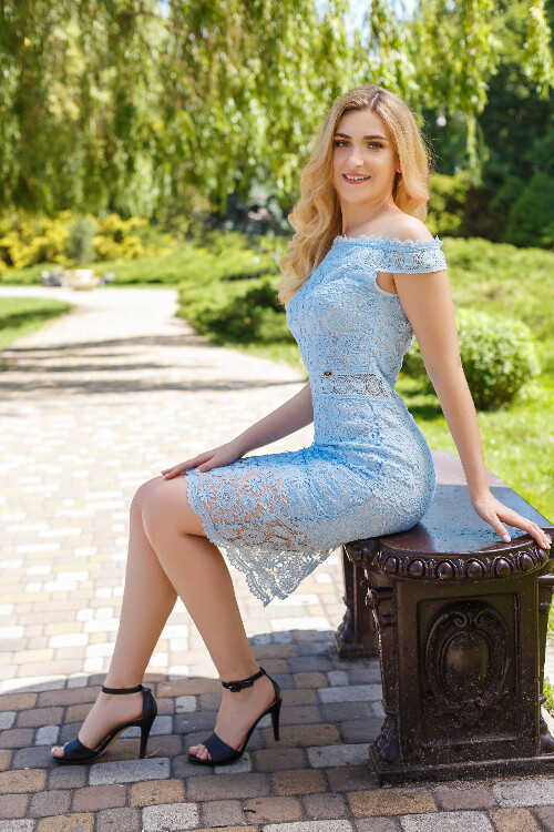 Anastasia dating previous marriage