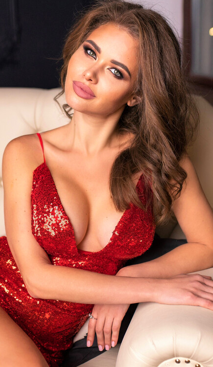 Ivanna dating woman 4 years older