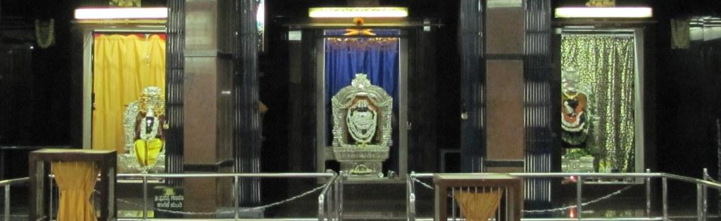 The idols of gods inside the Dattatreya Temple