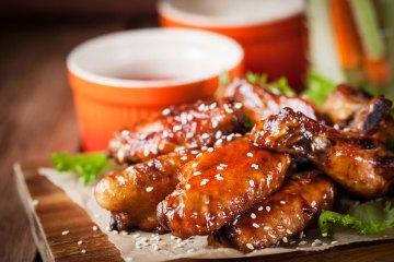 Tante Door sticky chicken wings