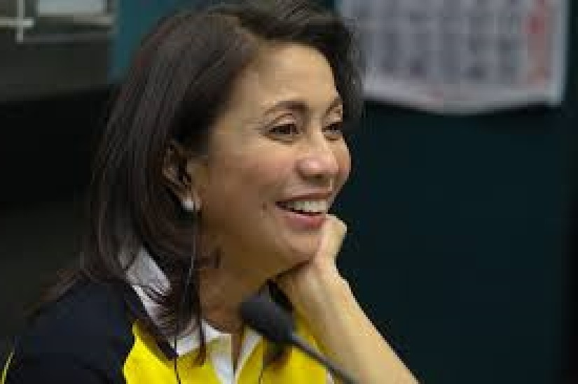 ROBREDO, LEGISLATORS GANG UP ON ARM-TWISTING HOUSE SPEAKER
