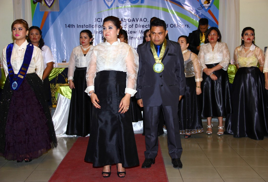 JCI Mem. Ana Liza Paglas with husband, JCI Sen. Allan Paglas, on the charging of the officers for JCI Senyoritas