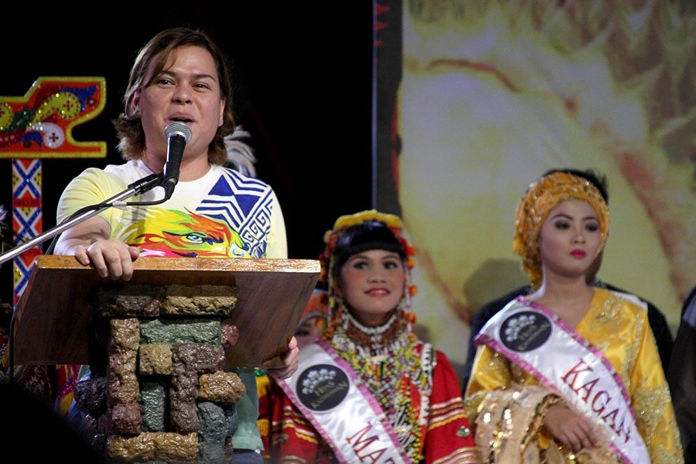 Sara pays tribute to Davao's tribes as Kadayawan opens