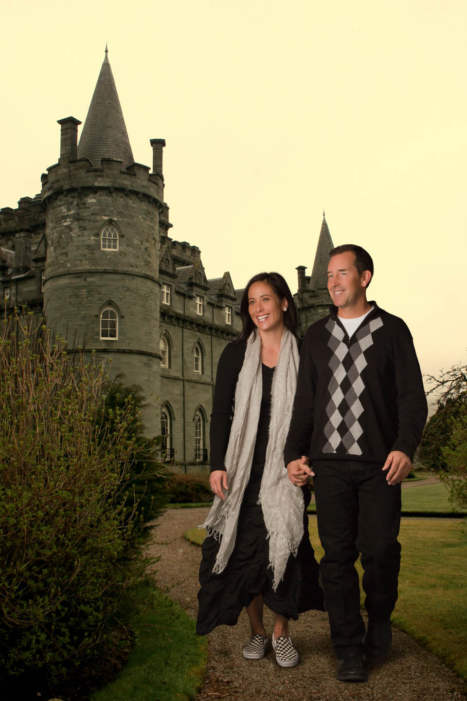 Using photoshop to add a couple to an Ireland Castle