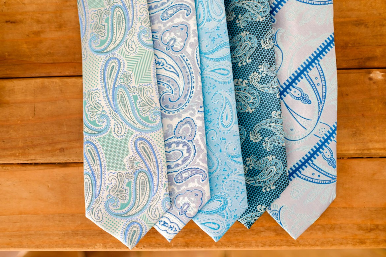 Wedding ties for groom and groomsmen