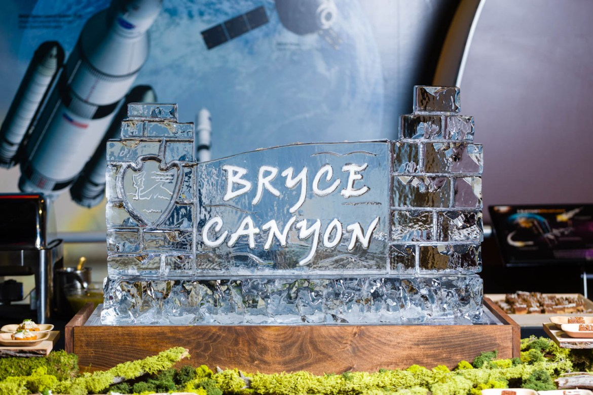 Ice sculptures by Lux Catering & Events