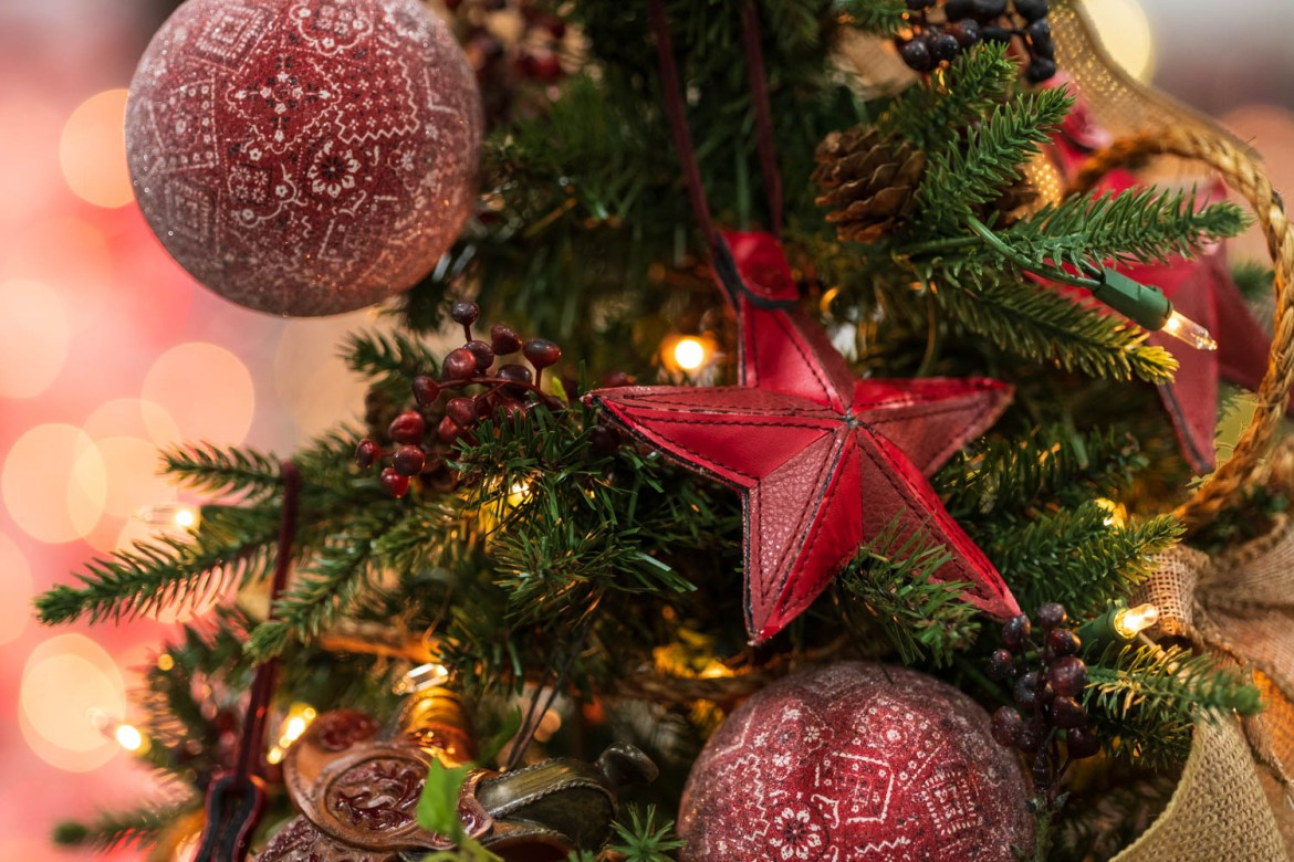 A red star Christmas