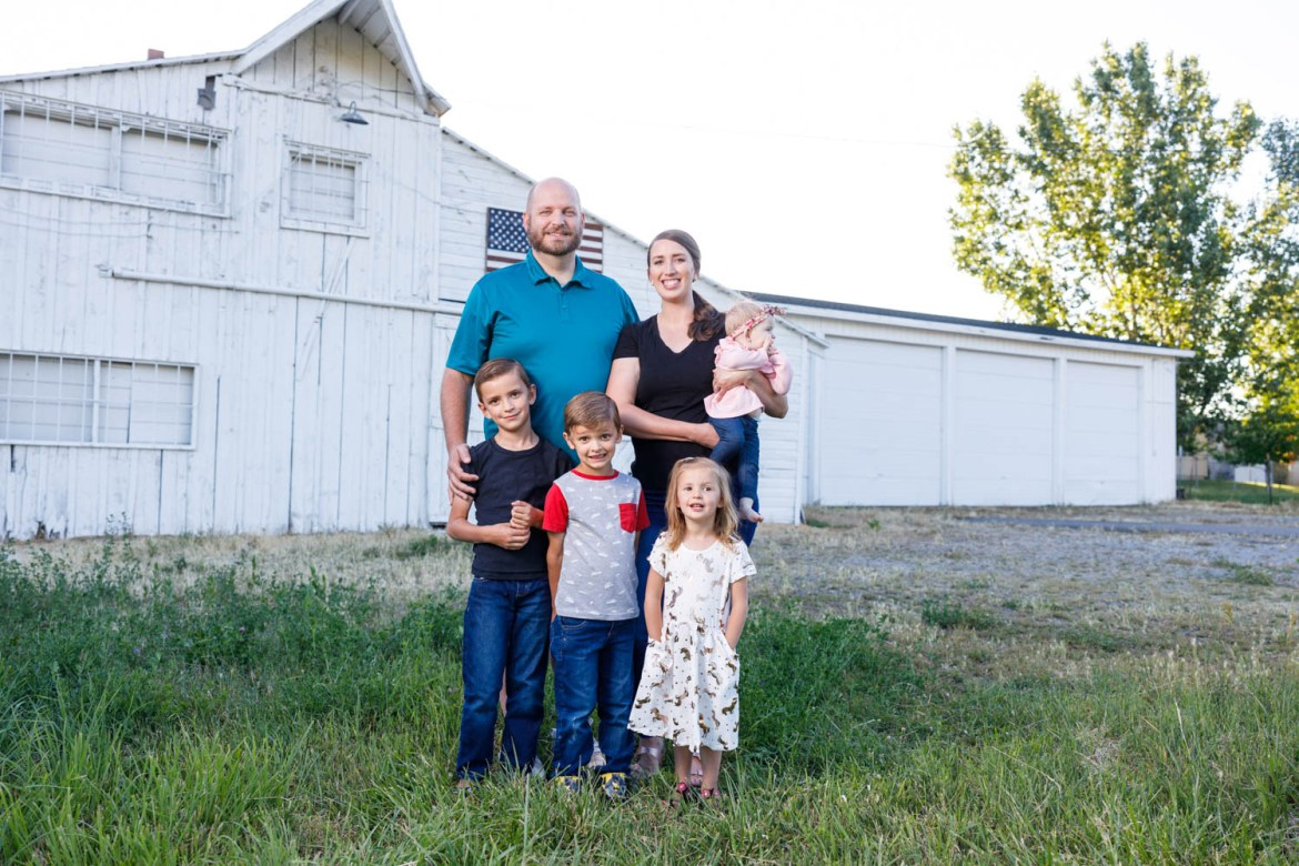 Family photography at the White Barn