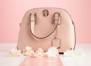 Photographing a pink purse