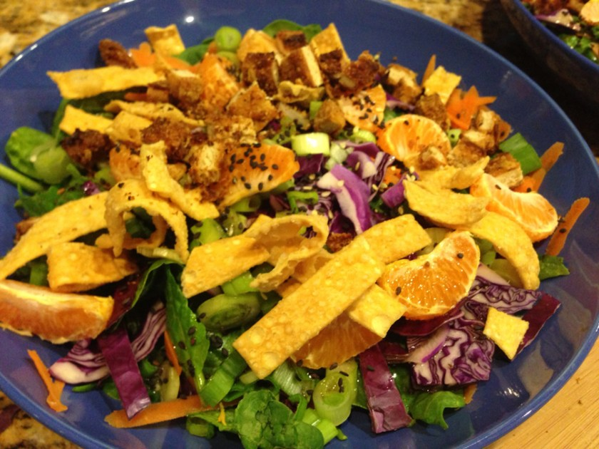 Crispy chicken and mandarin salad